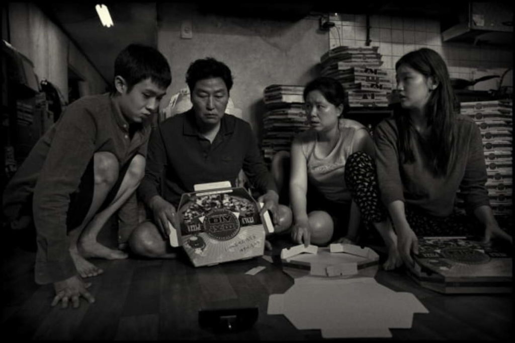 """The Movie """"Parasite: Black-and-white Edition"""" will be Screened at Theaters Nationwide on the 29th"""