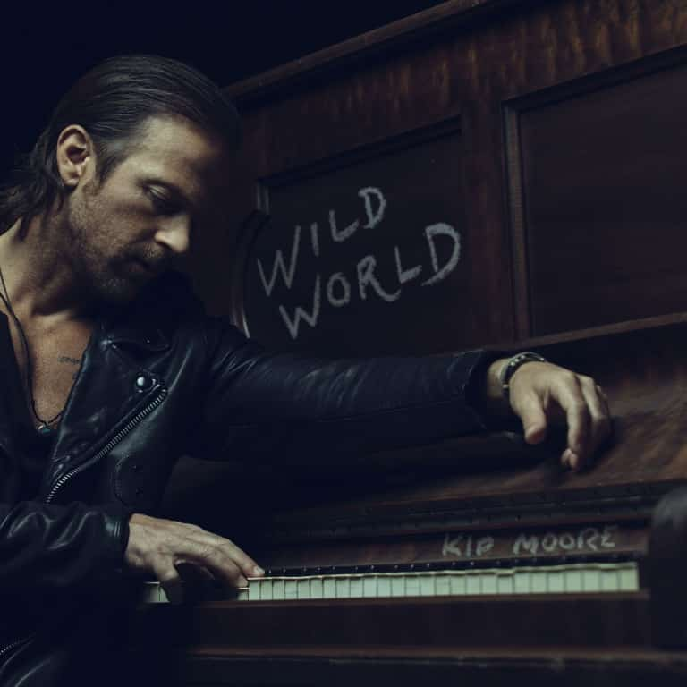 "KIP MOORE EMBODIES HIS INNER ""SOUTHPAW"" IN NEW TRACK TAKEN FROM UPCOMING ALBUM WILD WORLD"