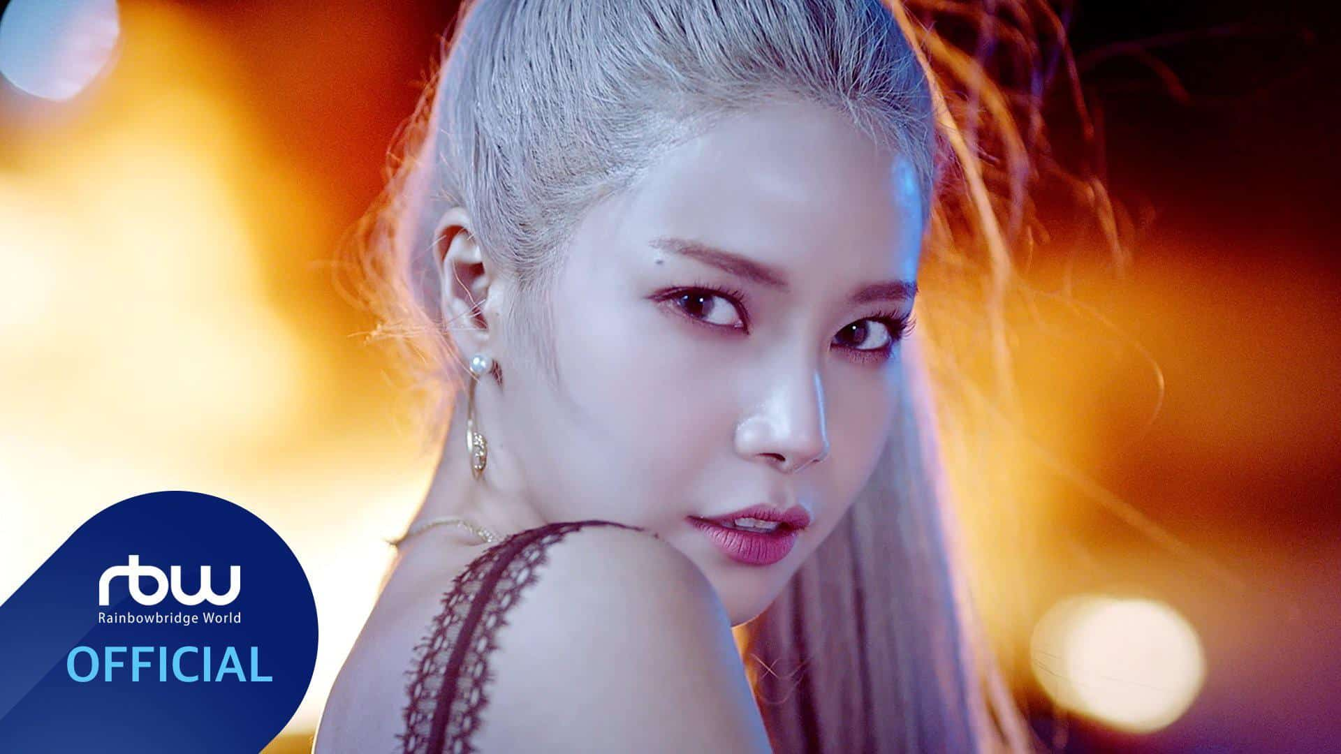 "MAMAMOO Solar Ranked Top on the new song 'SPIT IT OUT' Chart Mamamoo's Solar has made her ""hot"" debut as a solo artist. Solar has been receiving enthusiastic responses since she first released the title track ""Spit Out"" of her first single album ""SPIT IT OUT"" on Mnet's ""M Countdown"" on Sunday. On the same day, Solar presented her fantastic solo debut stage with a purple outfit plus orange nail tip's point. Despite her colorful and captivating performance, Solar showed off her outstanding singing skills and stage manners, showing off the figure of the legendary ""Performance Queen."" Especially in the killing part ""set fire,"" Solar quickly emerged as a hot topic for her point choreography, which seemed to be blowing a match light. After the broadcast, the stage and fancam videos have garnered more than 220,000 views, igniting the popularity of solo Also, ""SPIT IT OUT"" occupies the top spot on the nation's major music charts. In addition, the music video for ""SPIT IT OUT"" topped YouTube's Worldwide trending list and boasted a powerful global influence, with Mamamoo re-entering 27th on the U.S. Billboard Social 50 chart in line with Solar's solo debut. As such, Solar has given a green light to her first solo career, wrapping up her successful debut ceremony with ""spit out."" His solo debut song ""SPIT IT OUT"" is a song that expresses his confident and confident appearance with a message that he should not be bound by other people's standards and spit out what he wants to say and do without hesitation. Trans sound is impressive on an energetic beat. Meanwhile, Solar will appear on KBS 2TV's ""Music Bank"" today (24th) to continue her solo debut song ""SPIT IT OUT."""