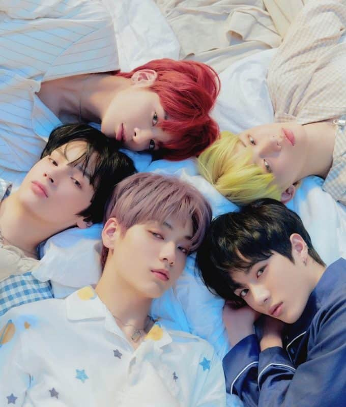 TXT Reveals Starboard Concept Photo of 'Dream Chapter: ETERNITY'